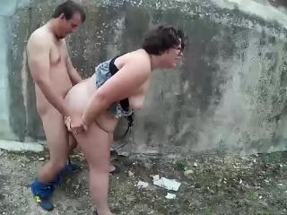 قصة بنت تمارس الجنس مع زوج أمها وتنتاك منه